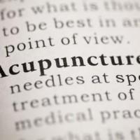 Behandling af lændesmerter kan foregå ved akupunktur